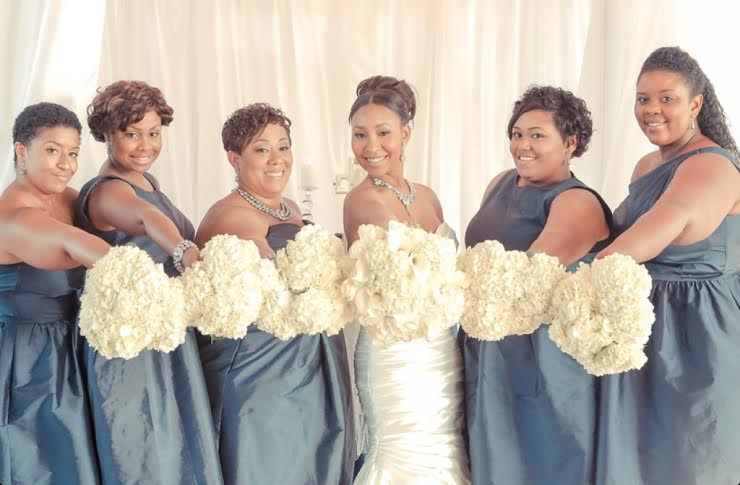 Fete By Design - Bride + Bridesmaids Wedding Photo - Bouquets