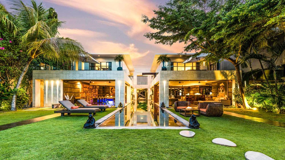 villa-casa-hannah-bali-seminyak-5-bedrooms-house-rent-design-swimmingpool-graden-sunset.jpg