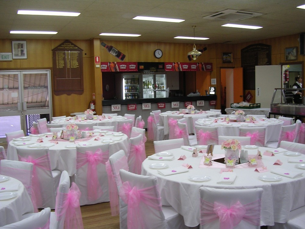 SOUTH BOWLS DINING ROOM 006.jpg