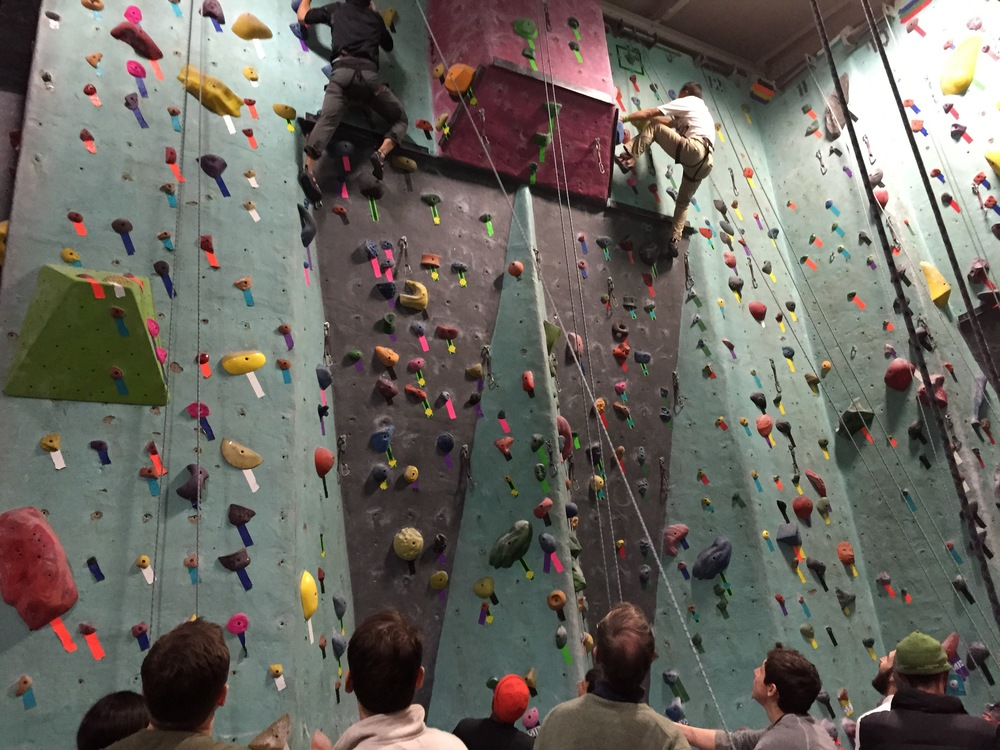 Climbers rush to finish the relay race