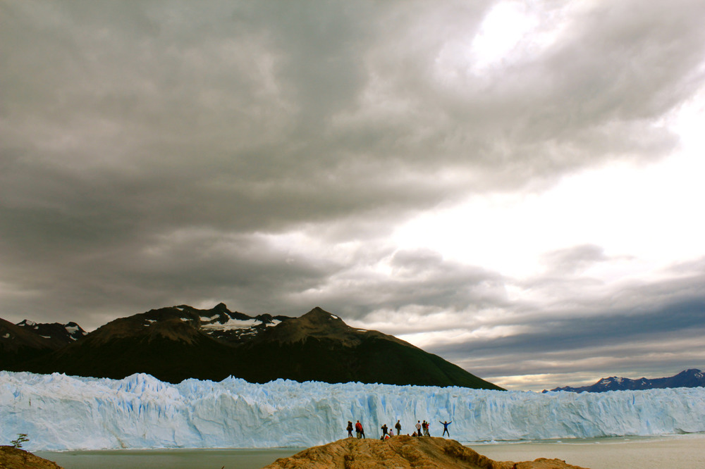 Perrito Moreno Glacier. Post-trekking celebrations. February 2015. Photo copyright Silvie Snow-Thomas.