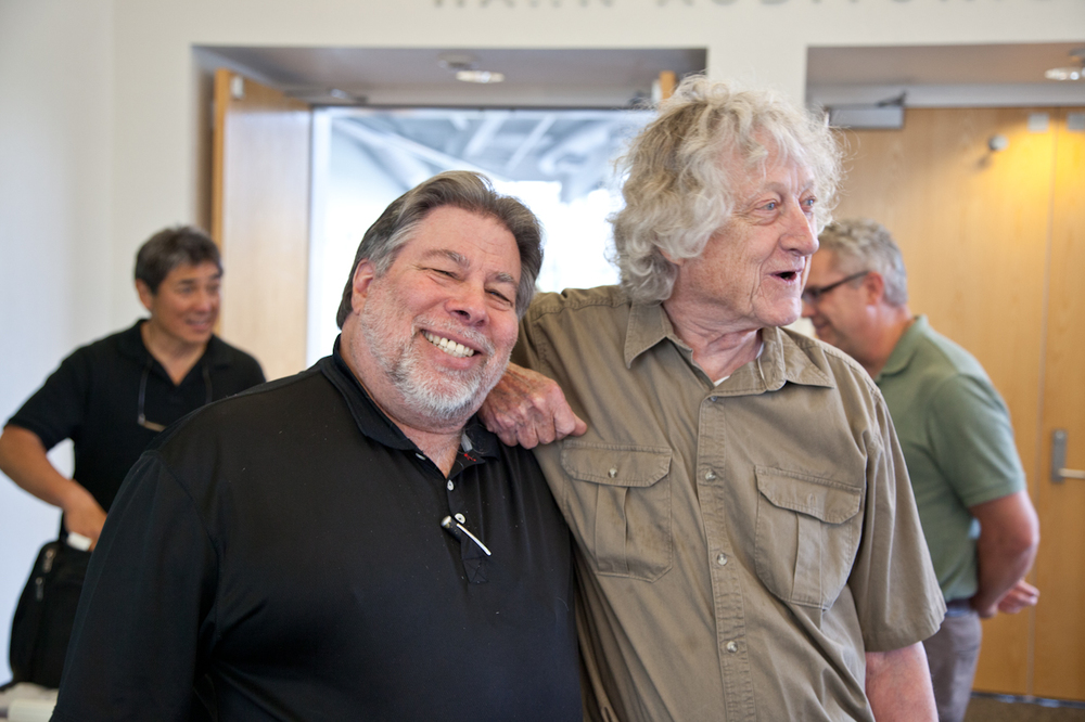 Happiness is a good friend - Woz and Rod Holt with Guy Kawasaki and Dag Spicer in back
