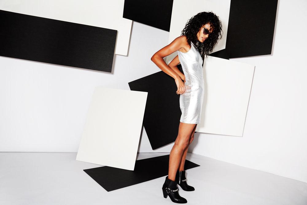 Kate-Owen_Nylon-BW-Blocks_Look-2_131.jpg