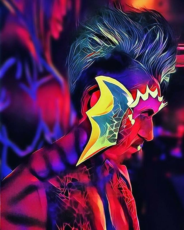 There was a body painting competition at Artundressed on Friday. Here is a beautiful body painting by Amanda Johnson with model (and photo editor) Austin Paz.  #bodypaint #orlando #ilovedrip #artundressed #orlandoart #internationaldrive #orlandobodypaint