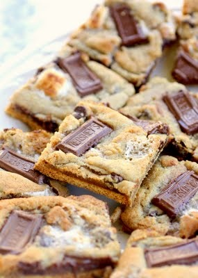 S'mores Cookies // photo cred: the girl who ate everything
