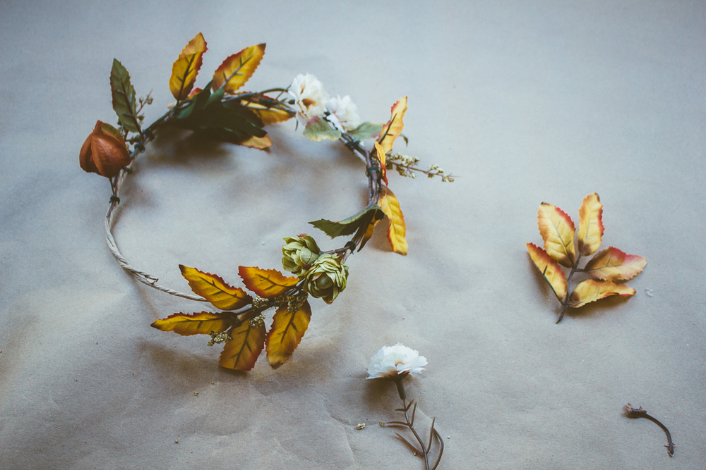 DIY :: Autumn Floral Crown by The Arrow House
