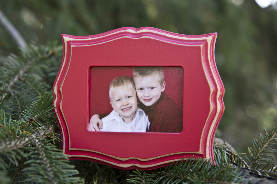 Seaside Mini Frame in red with easel back $35, no order minimum