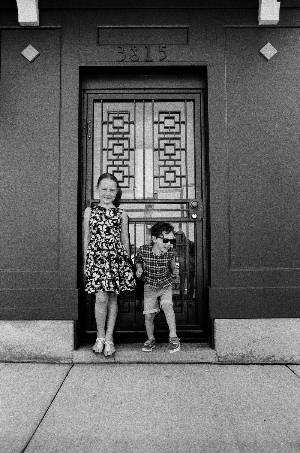 sibling photography in minneapolis