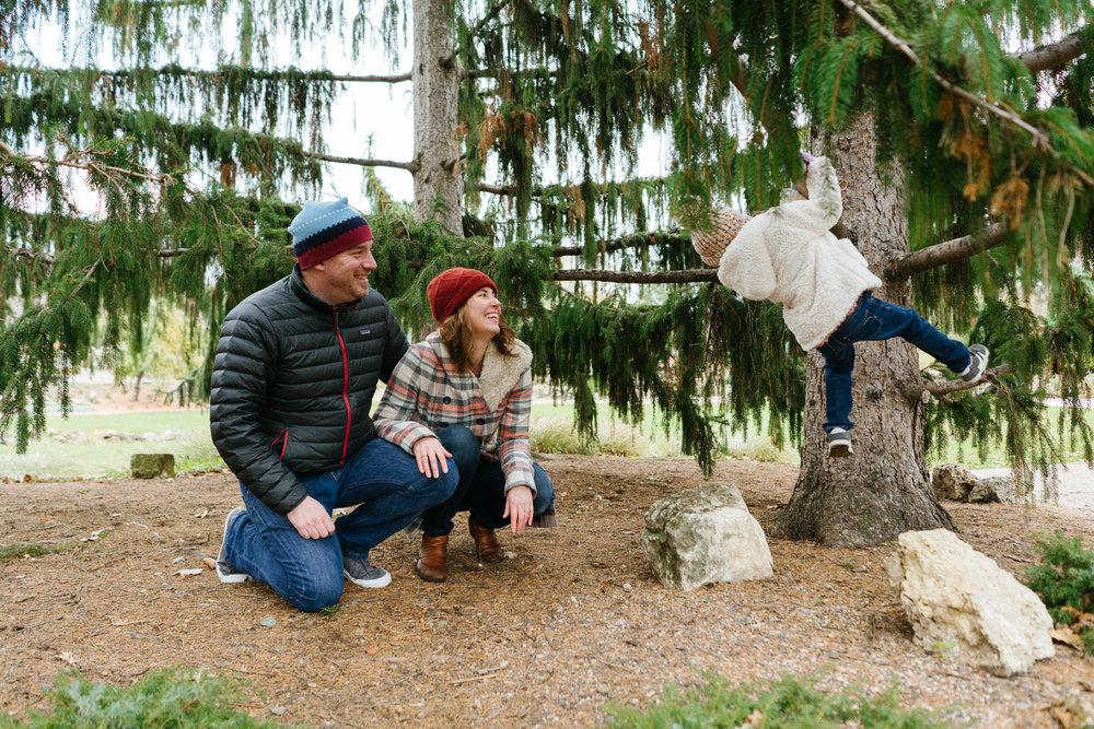 Hello, Buffalo Minneapolis Family Photography at the Peace Garden by Lake Harriet