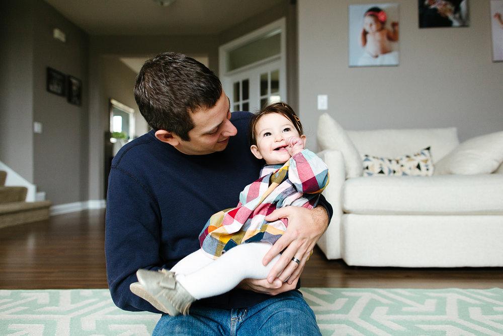 Lifestyle Family Portrait Photography in Minneapolis, Minnesota