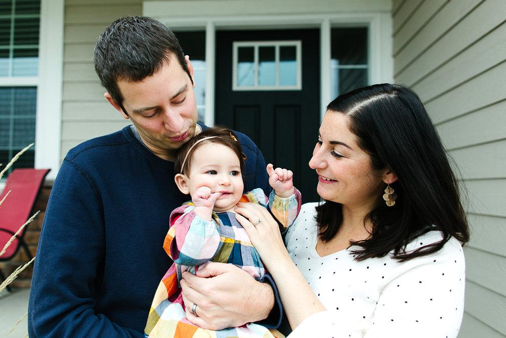 Lifestyle Family Portrait Photographer in Woodbury, Minnesota