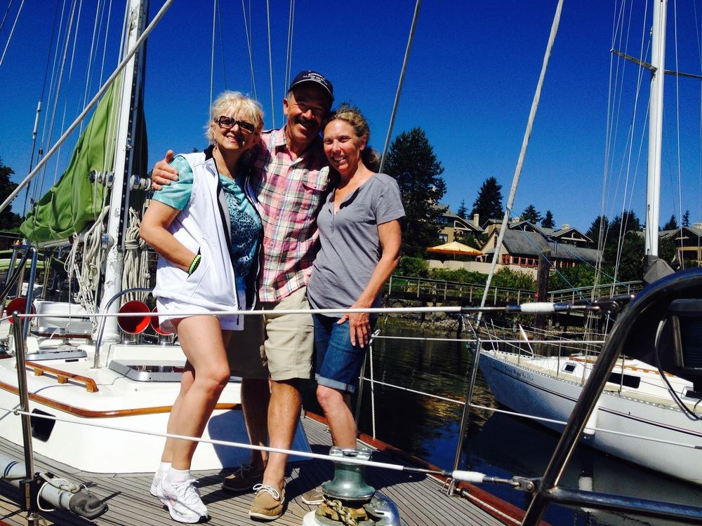 Fabienne, Duane and Julie back at the dock.