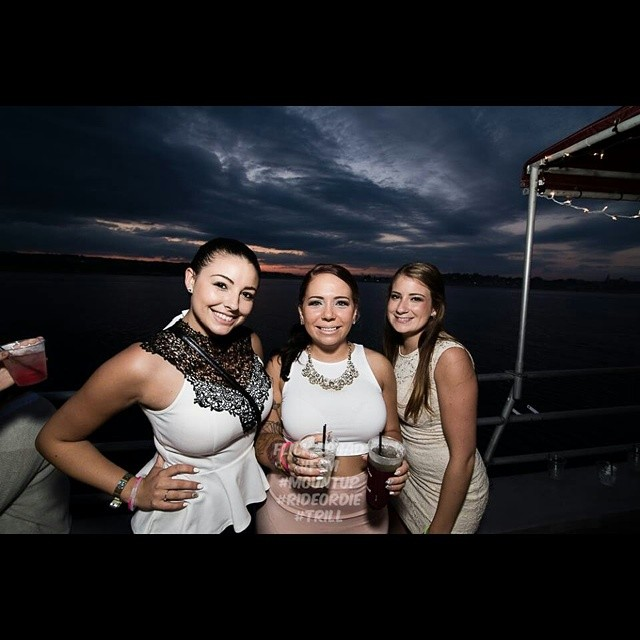 A #photo from the birthday girls booze cruise @m_o_ll_y_g @haleyglidden @toinfinityand_biondo #photography #sunset