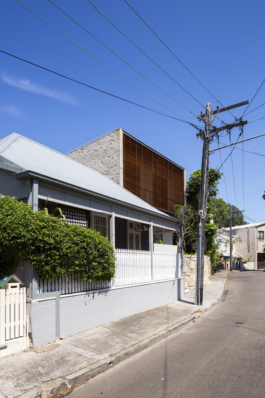 4D6C1709_Aileen Sage_Courtyard House_141025.JPG
