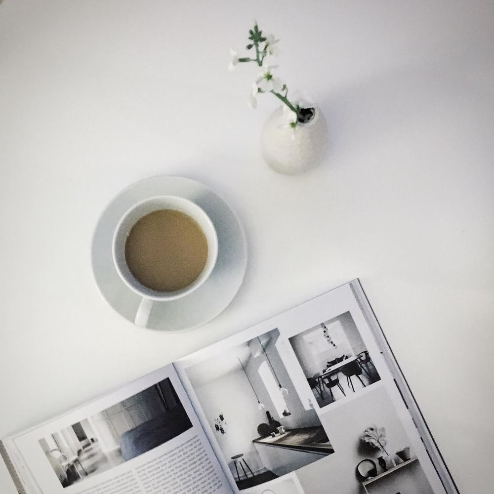 Morning_Coffee_Reads