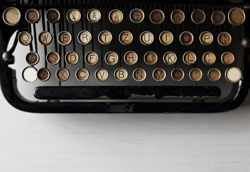 alphabets-2365812_960_720.jpg