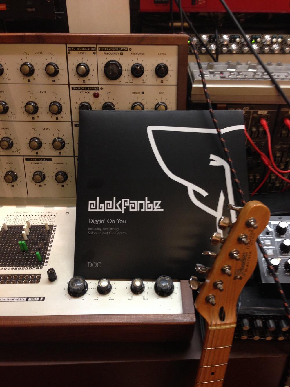 elekfantz diggin on you vinyl studio DOC limited.JPG