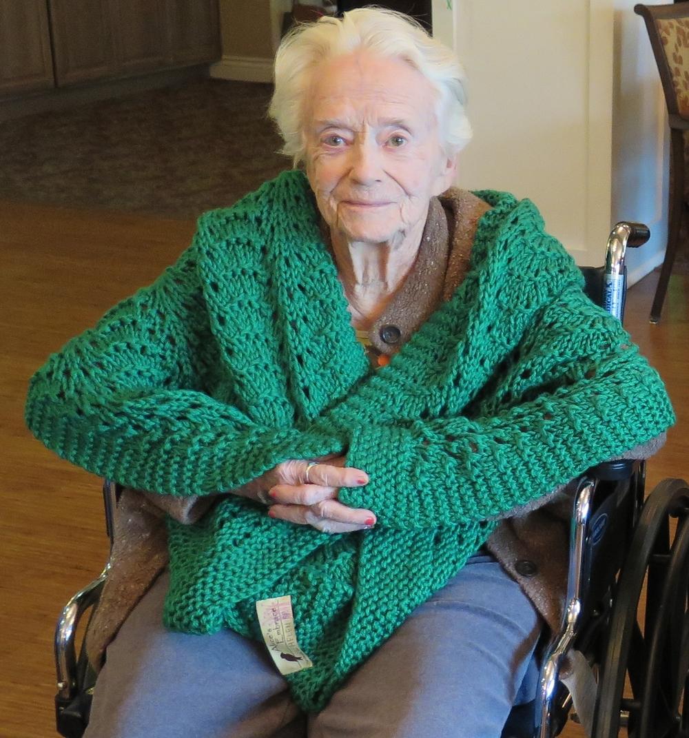 AE - Oakmont of Carmichael Helen Sp smiling.jpg