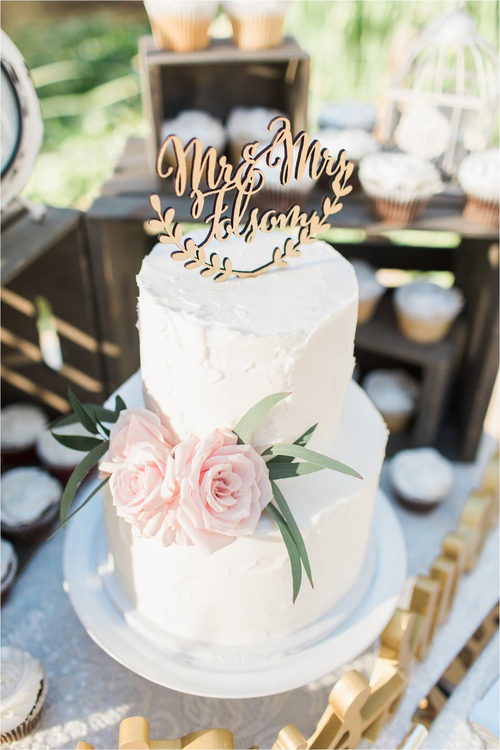 wedgewood at the orchard wedding cake