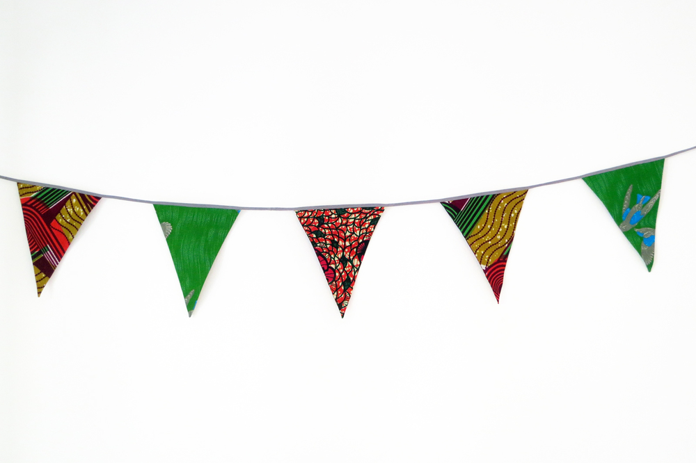 ORANGE AND GREEN BUNTING.