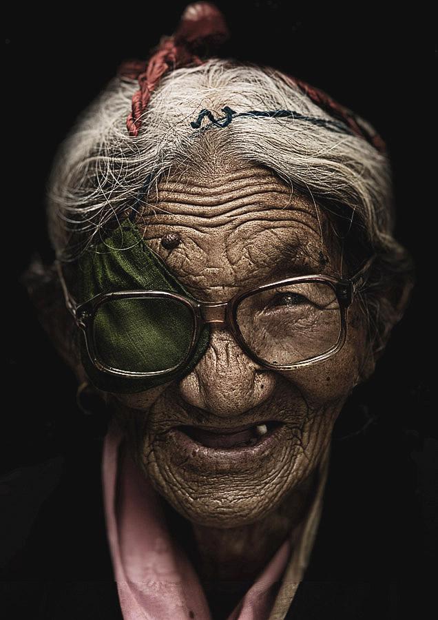 Woeser 85 years old