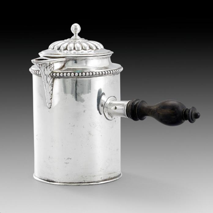 Chokladkanna i silver   Foto:  Stockholms Auktionsverk