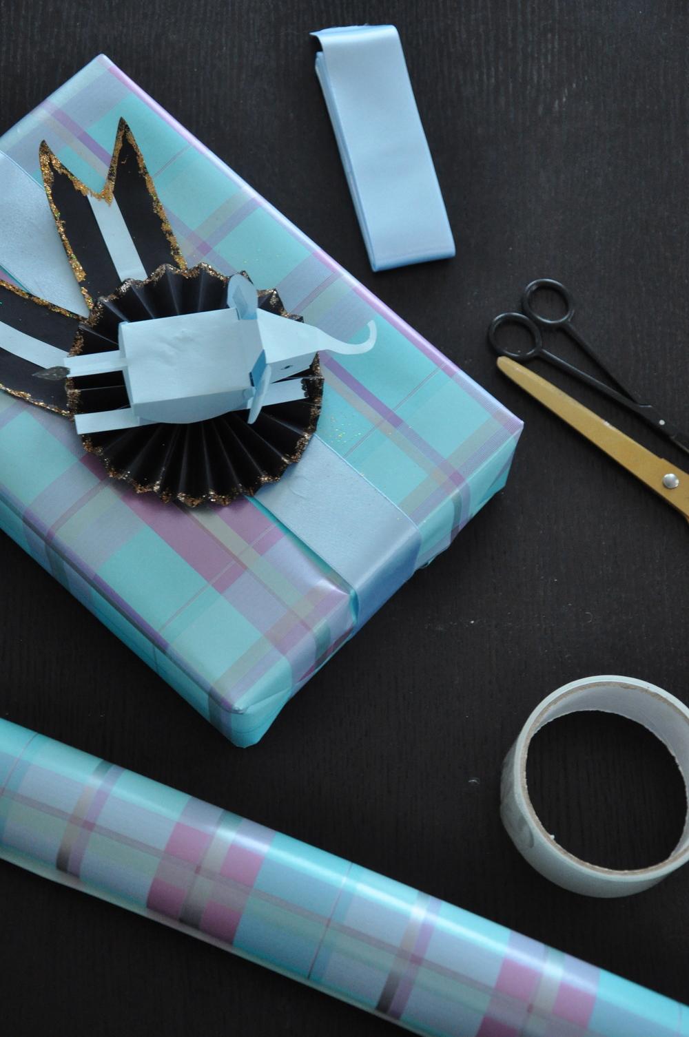 Färgerna gick i blått, svart och lila   Foto:  Palatsliv
