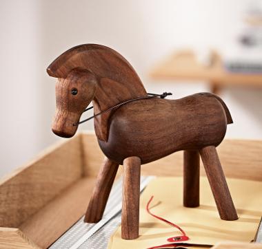 Häst från Kay Bojesen    Foto:  Royaldesign.se