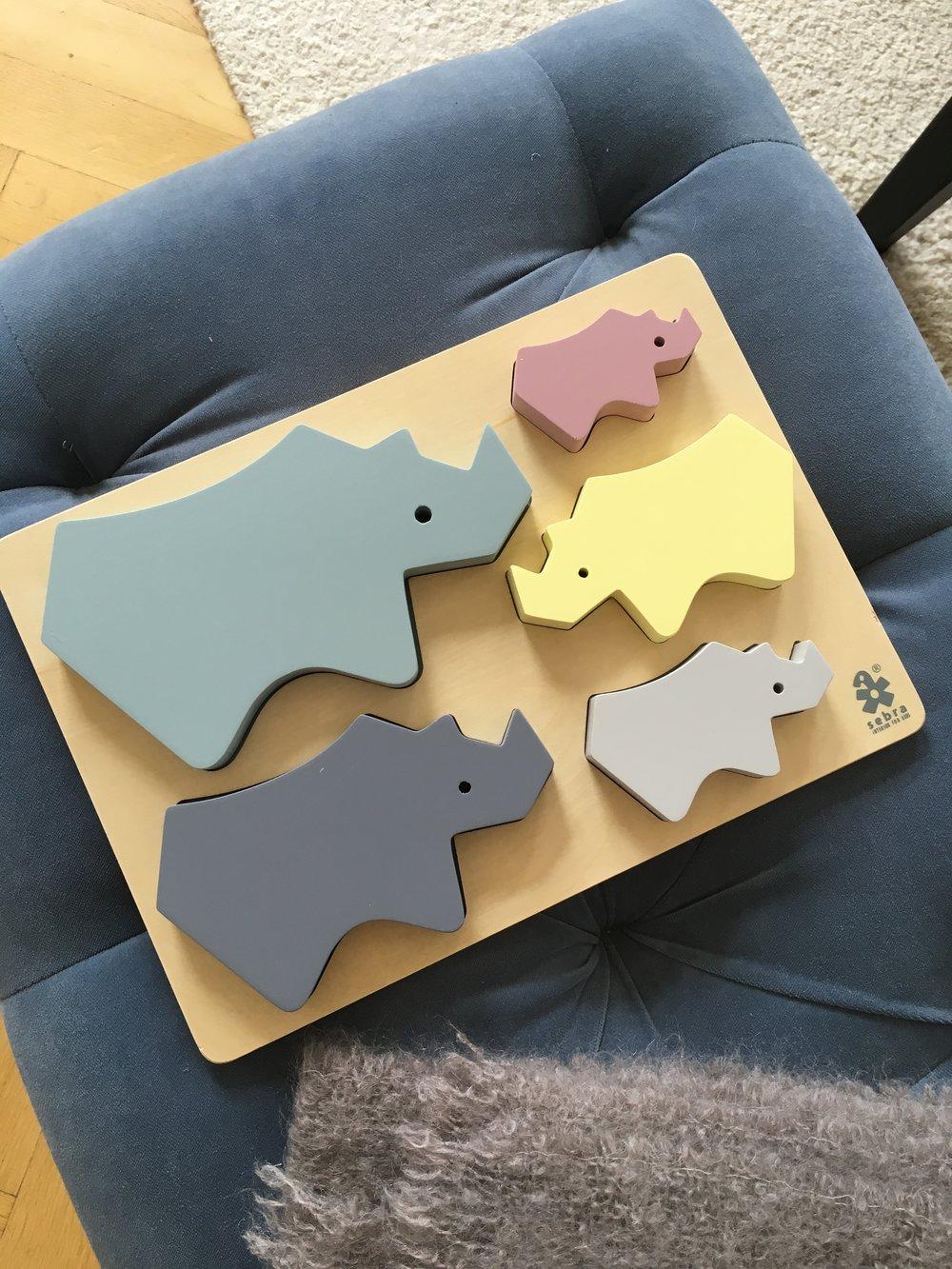 Pussel med noshörningar    Foto:  Palatsliv