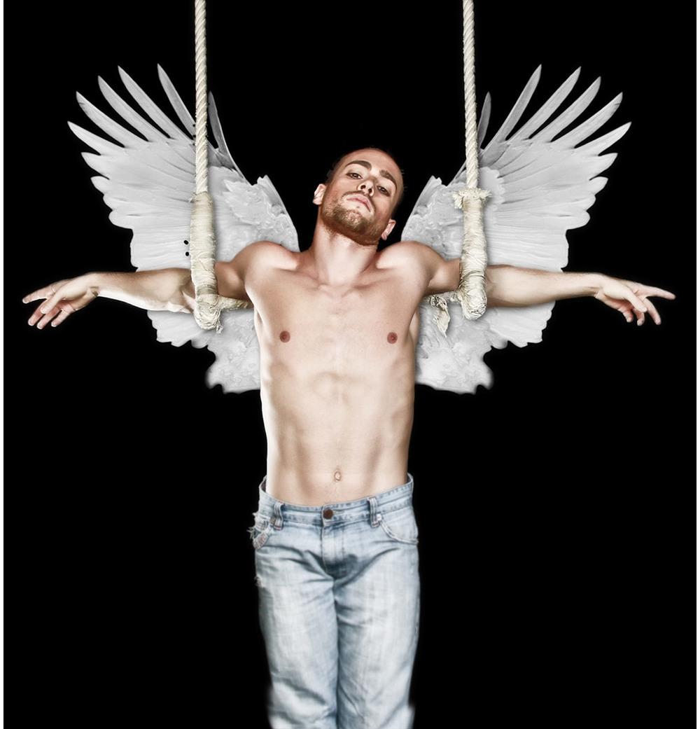 Fillipo Carli - Aerial Artist