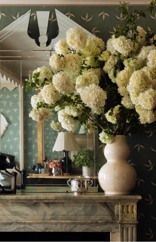Interiors Photographer: Read McKendree