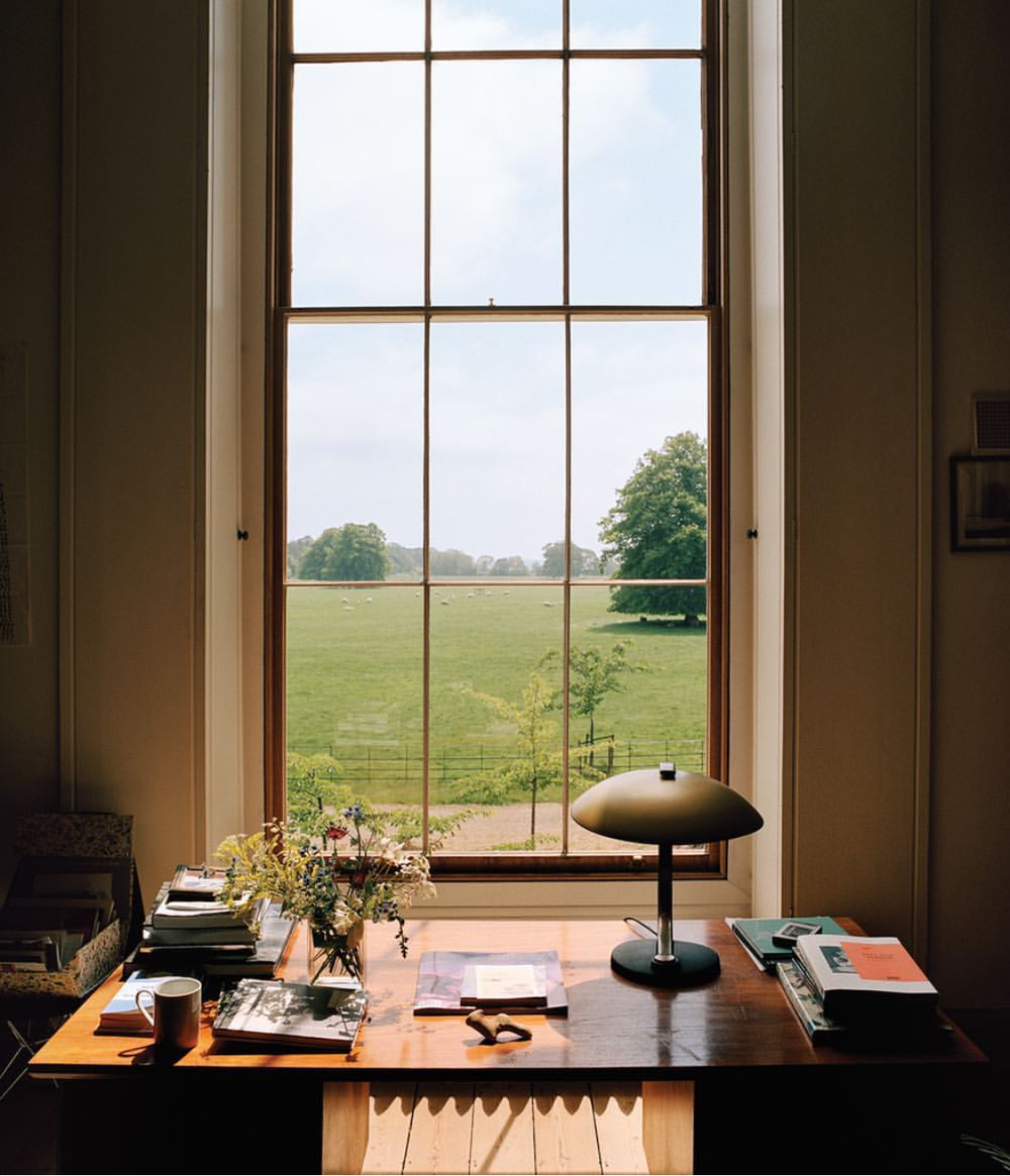Décor: An Idyllic Artists' Retreat in Norfolk, England