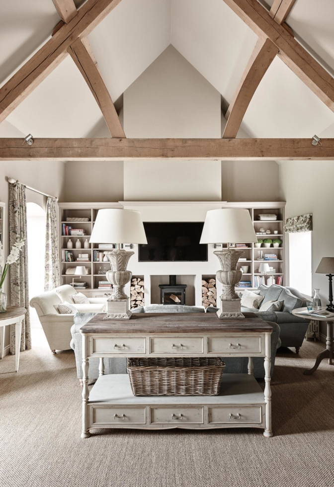 Décor: A Country House in Wiltshire by Sims Hilditch