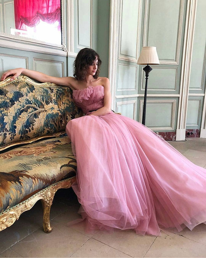 @heradresses-5.jpgFashion: Pink Tulle Dreams by Monique Lhuillier