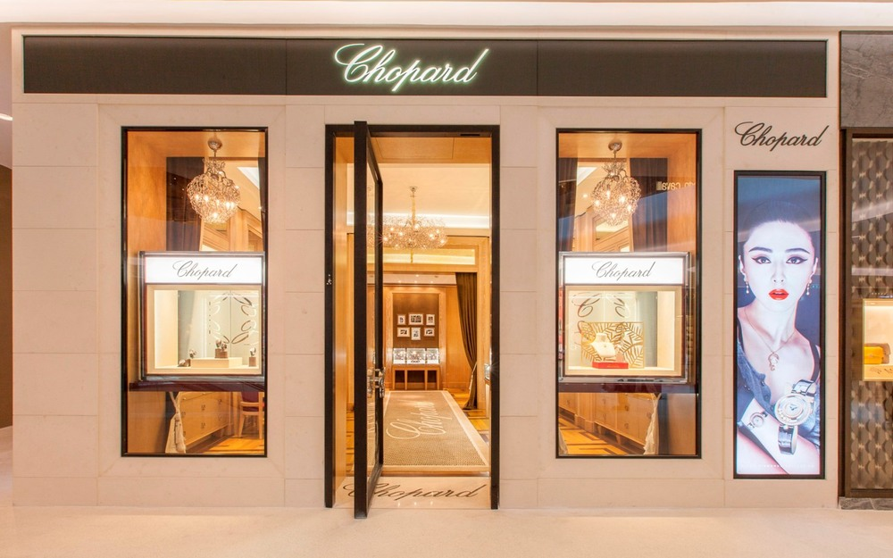 Chopard - Storefront  00.jpg