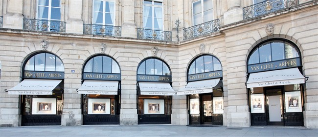 van-cleef-and-arpels-boutique-vendome-3.jpg