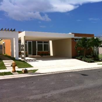 $5,800,000 - Equity Investment  62 Single Family Homes  Caguas, PR