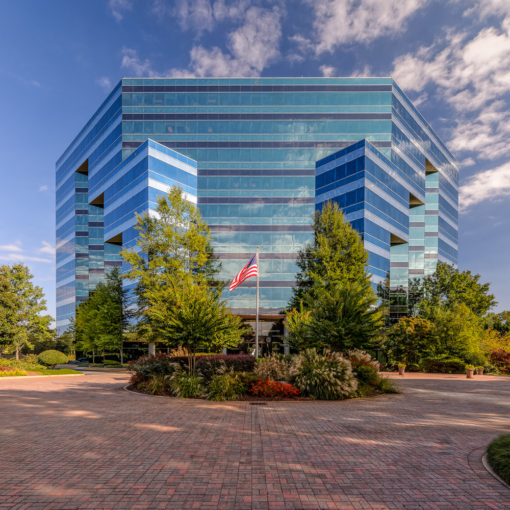 $2,000,000 - Preferred Equity  213,561 SF Office Building  Duluth, GA