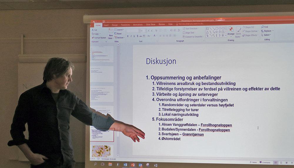 Vegard Gundersen fra NINA (Norsk institutt for naturforskning) har siden 2013 jobbet mye med ferdselen i og bruken av Forollhogna-området. I mars 2017 kommer sluttrapporten. Foto: Arne Nyaas