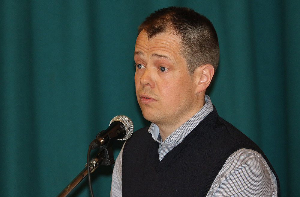 Jakob Nordstad (38) fra Tynset er enstemmig valgt til ny leder i arbeidsutvalget. Nordstad er blant annet leder i Magnilsjøan Grunneierlag SA. Foto: A. Nyaas