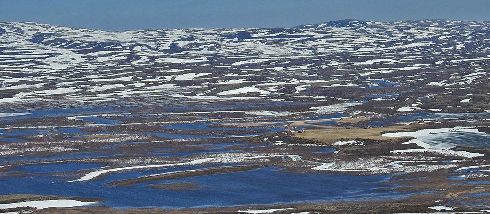 Bildet viser situasjonen ved Grønntjønnan torsdag 10. mai. Snøen smeltet og vannet flommet. Foto: Ingebrigt Storlil