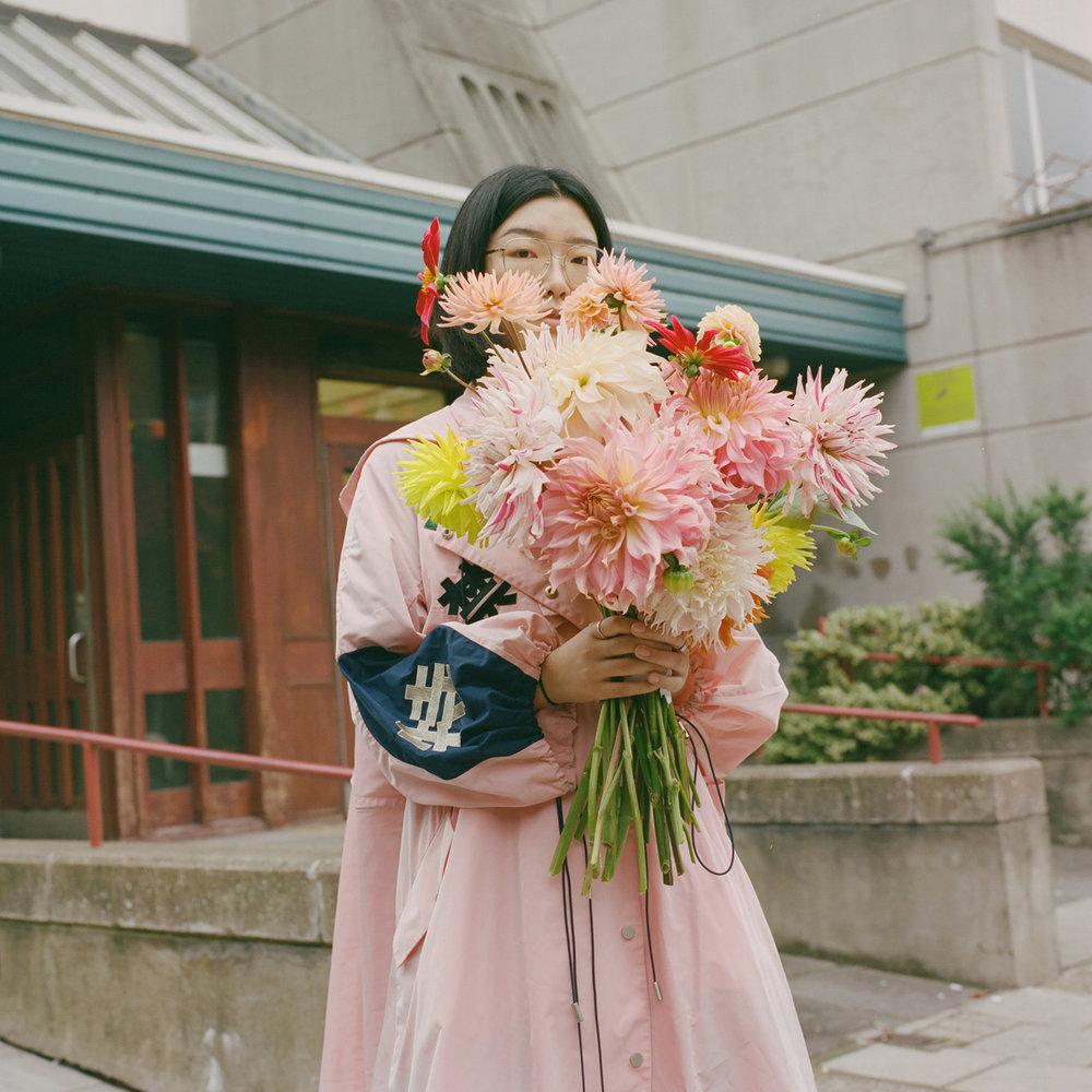 _Pleasure Garden Street Bouquets