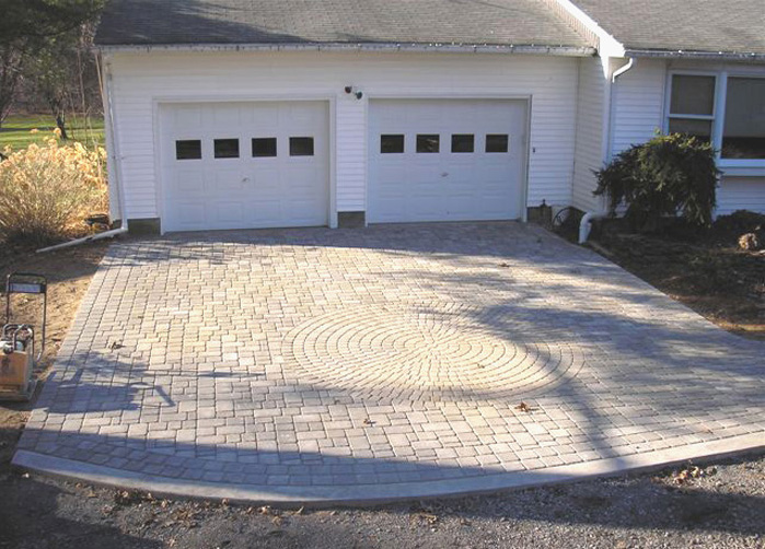Anchor London Cobble Pavers & Classico Circle