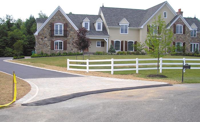 Techo-Bloc Athena Driveway Apron