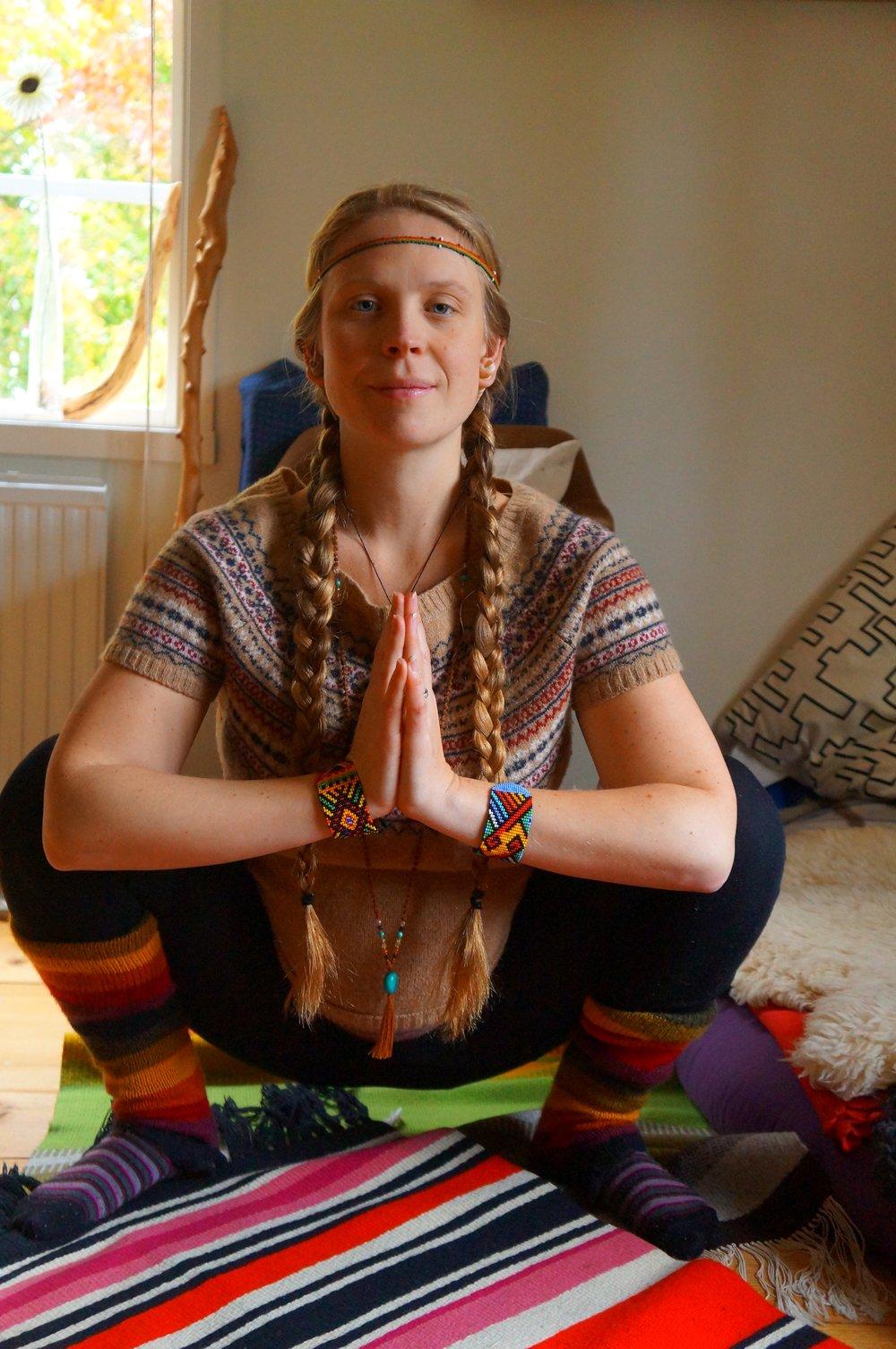 Malasana Squat Pregnancy Yoga copyright SBM