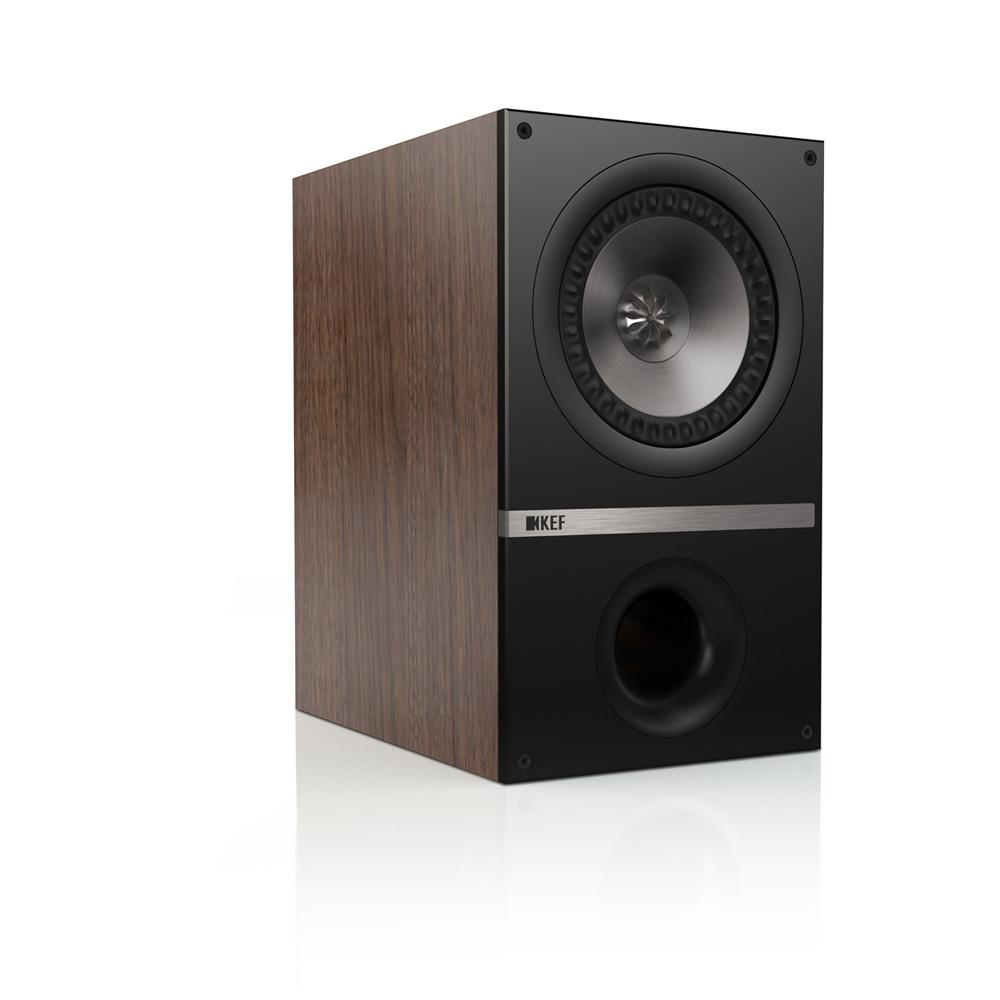 Q300 Bookshelf Speaker