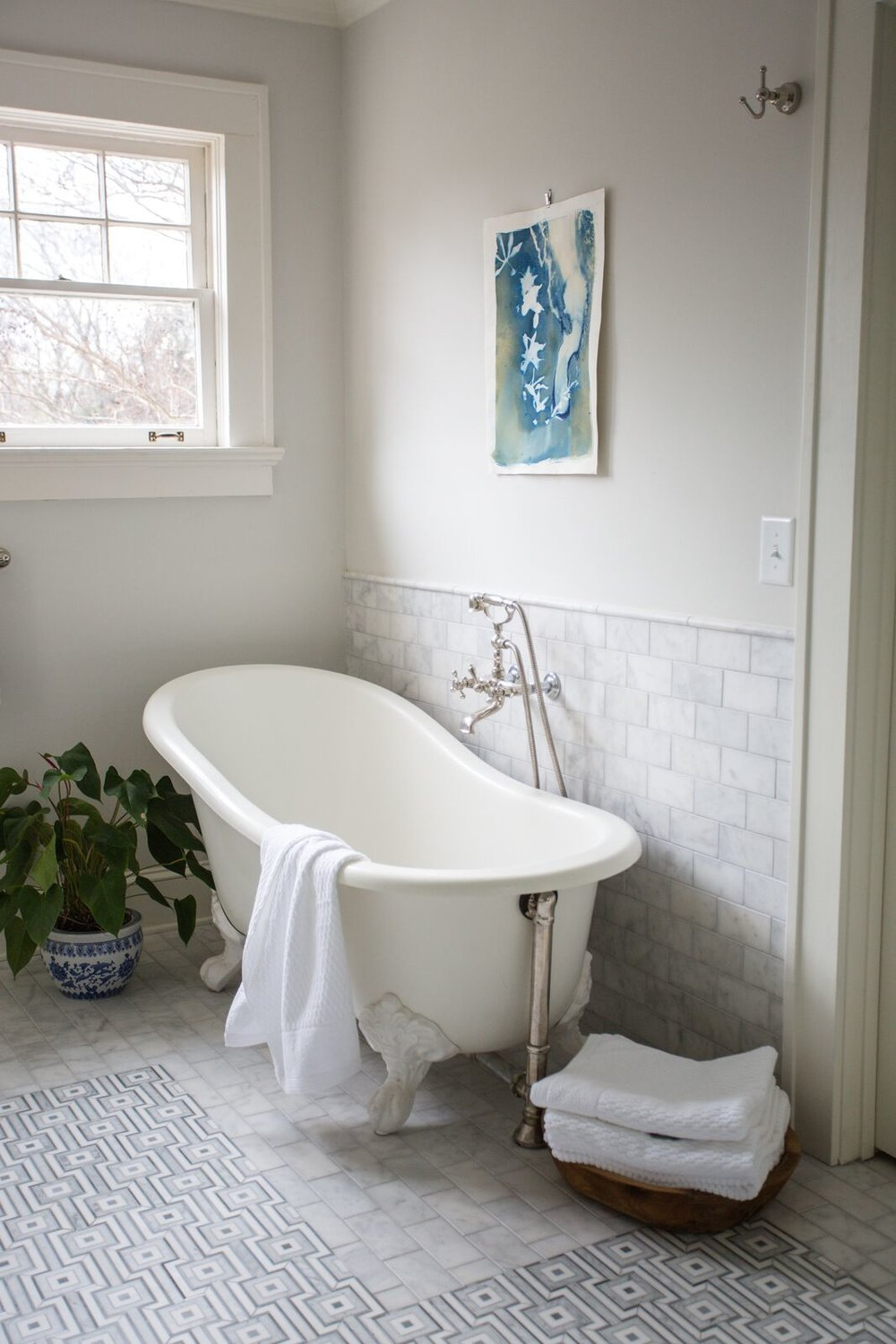 1920s Tudor Home bath tub.jpg