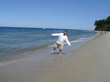 beachdance3.jpg