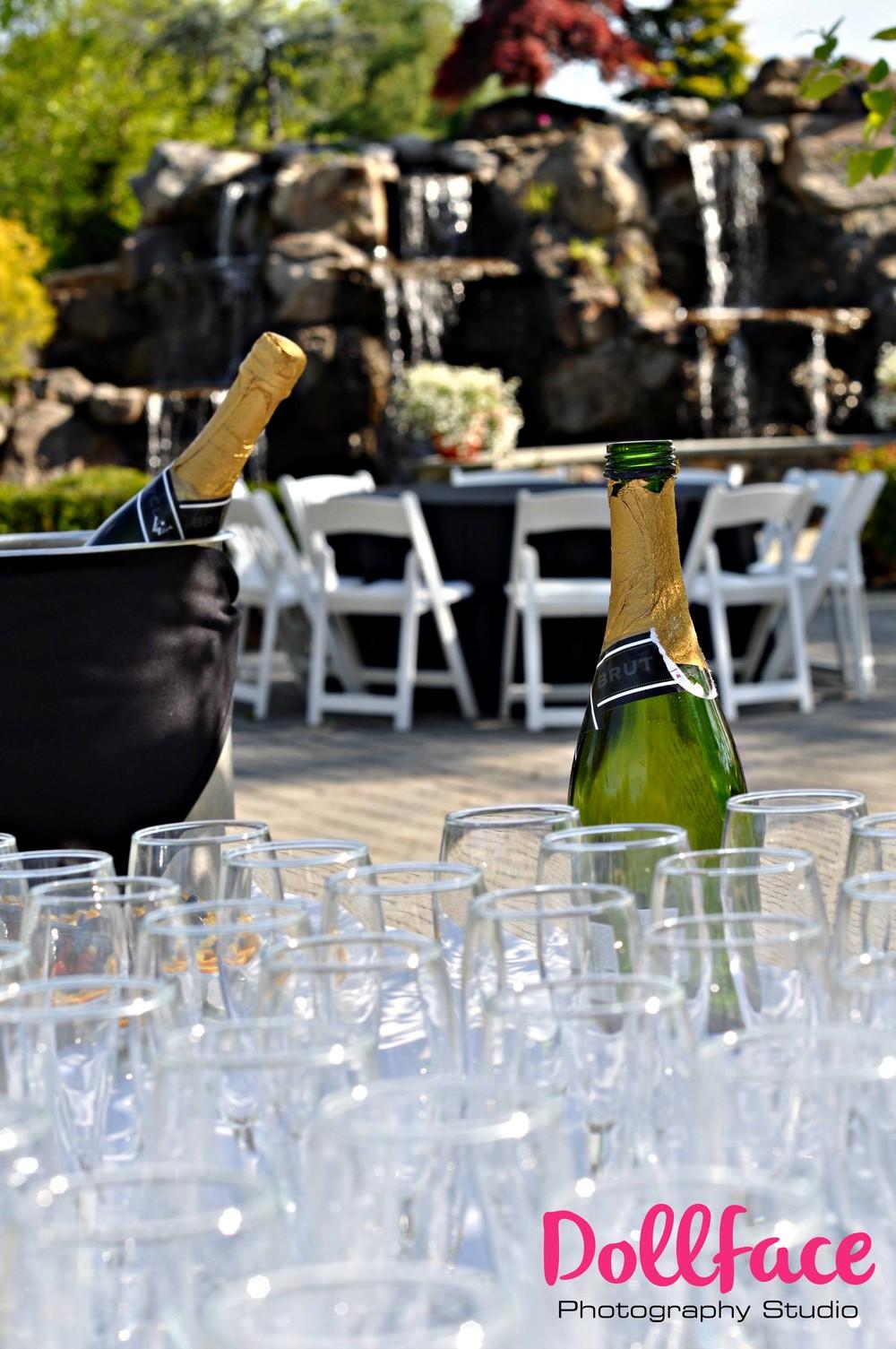 champagnelogo.jpg