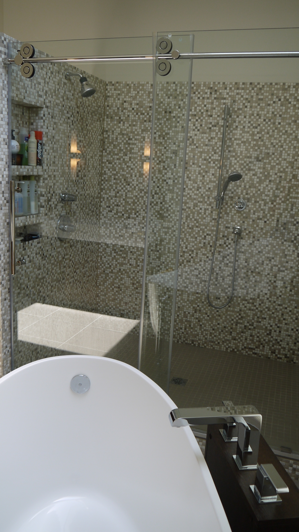 2 Point Perspective - Wilmette Residence Shower
